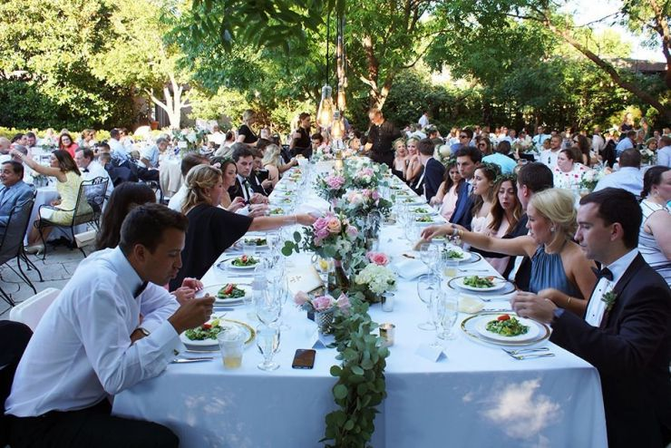 Villa Luna Not Excited By The Idea Of A Head Table